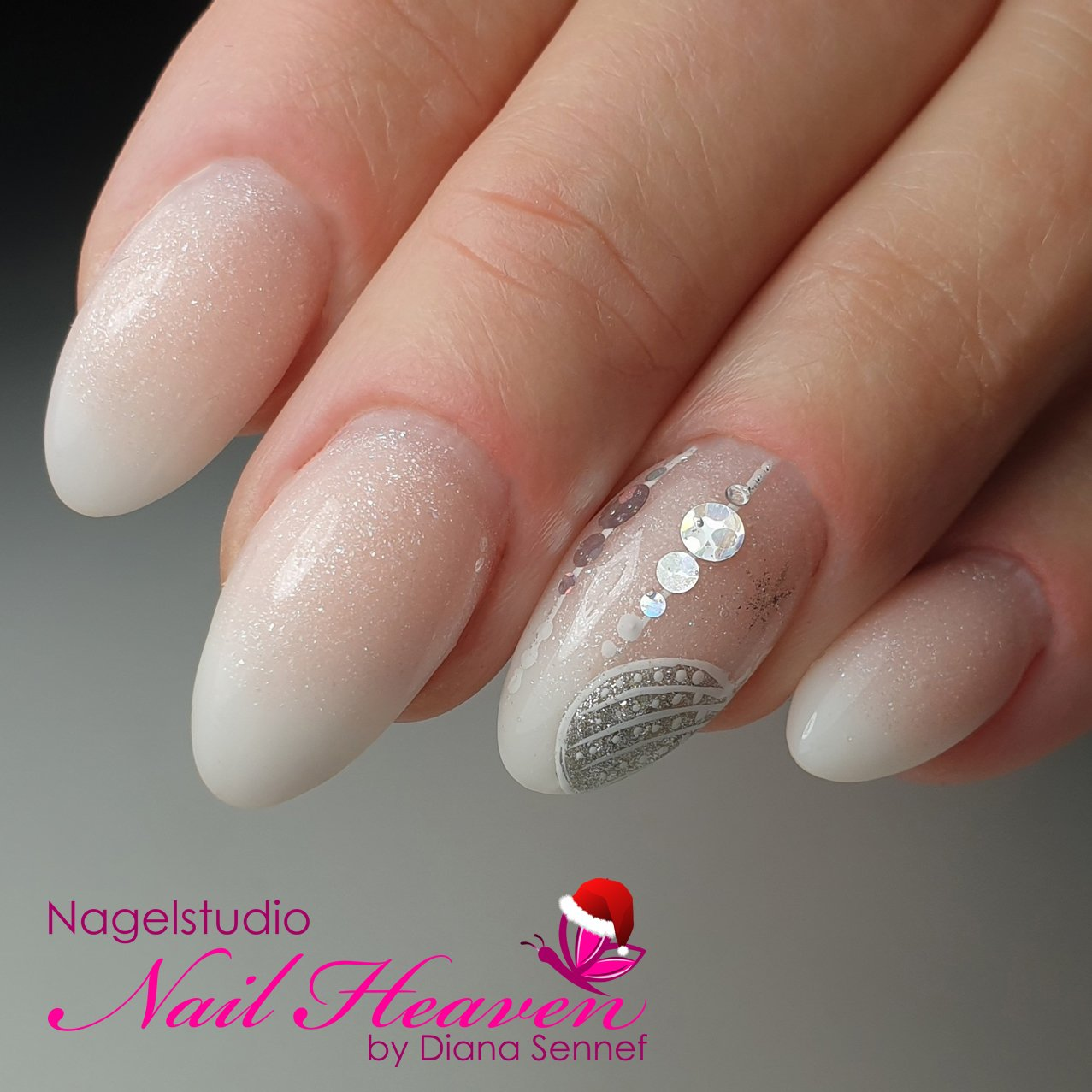 20191219_Monique_babyboom_revogel_nailart_134208~01.2-01-logo
